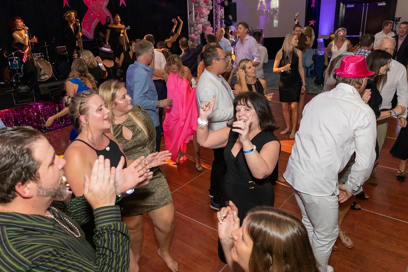 2019_11_Yachtail_Party_00942.jpg