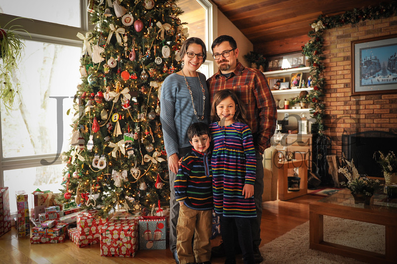 12-29-17 Laura, Todd, Ivan and Phoebe Edwards-Leaper family-2.jpg