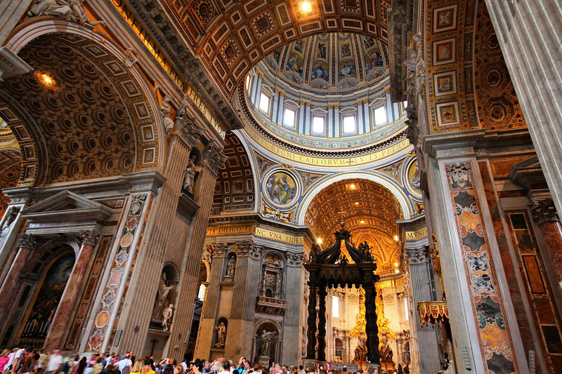 Sanctuary in St. Peter's Basilica