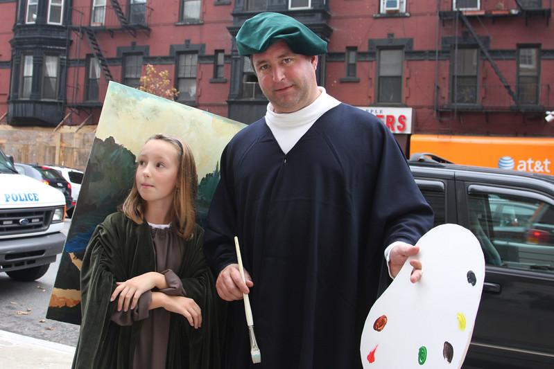 09.10.31 Halloween.Costume.Contest.f-10-26.jpg