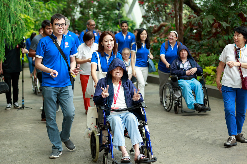 VividSnaps-Extra-Space-Volunteer-Session-with-the-Elderly-052.jpg