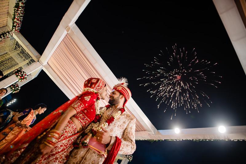 Candid Wedding Photographer Ahmedabad-1-185.jpg