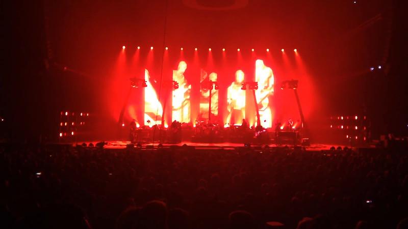 Peter Gabriel, Red rain