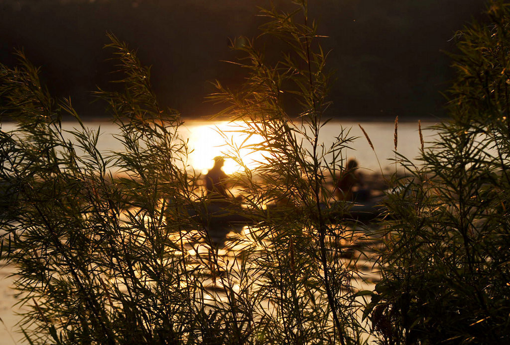 ". The setting sun brings the first ""I Can Paddle\"" program at Fort Snelling State Park to a close.  (Pioneer Press: Chris Polydoroff)"