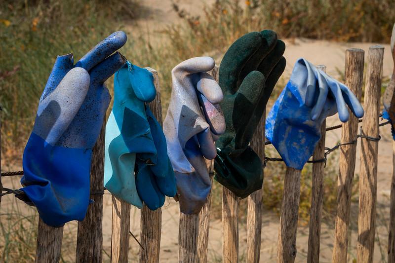 Abandoned Gloves Kent 2014