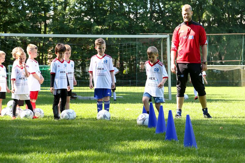 hsv_fussballschule-123_48047987513_o.jpg