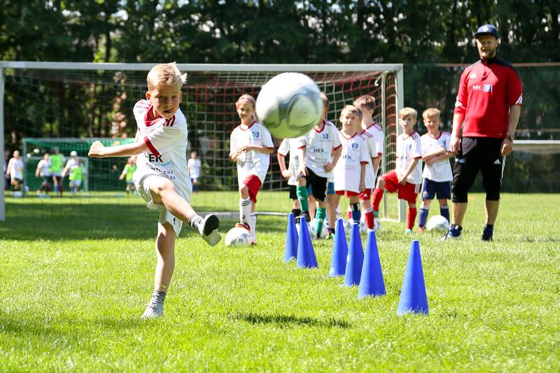 hsv_fussballschule-406_48047955786_o.jpg