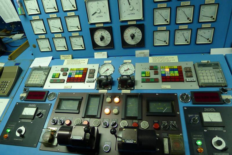 Antarctica - Jan 2013 - Sergey Vavilov Circle Trip,   The Sergey Vavilov's engine control room.