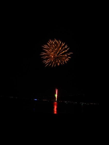 Hawaii - July 4th Fireworks-39.JPG