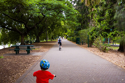 Bicycling in the Botanic Gardens