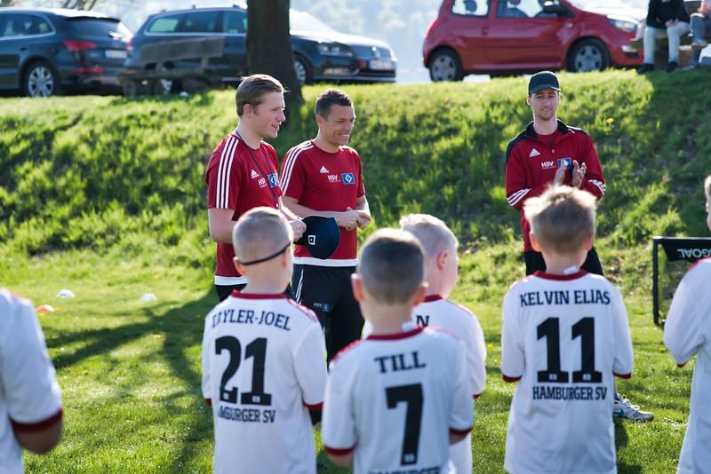 hsv-fussballschule---wochendendcamp-hannm-am-22-und-23042019-c-6_32787651797_o.jpg