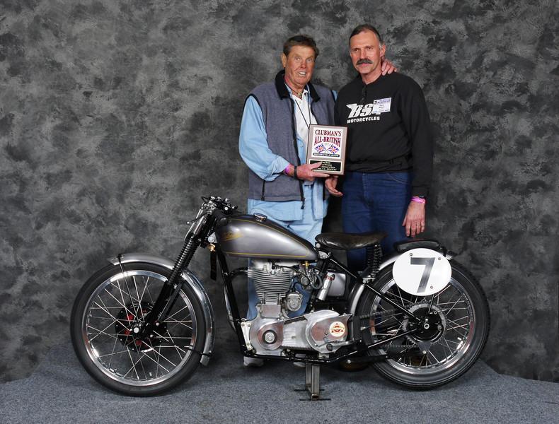 GaryRoper, Roadrace, Open - 1951 Velocette MAC