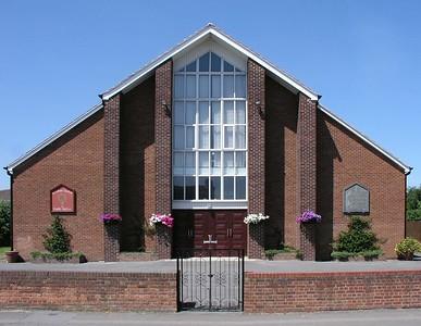 English Martyrs, Roman Catholic, 15 Manor Crescent, Didcot, OX11 7AJ