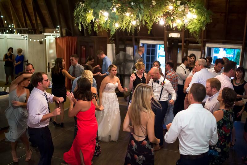 Garrett & Lisa Wedding (713).jpg
