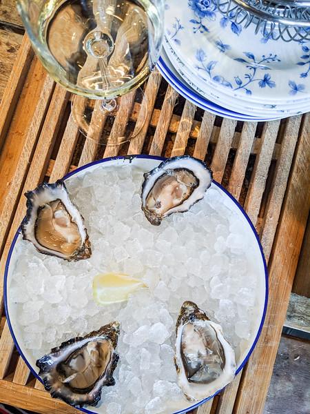 klaw seafood cafe oysters dublin-10.jpg