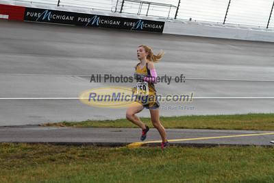 2.5 Mile Mark, D4 Girls - 2013 MHSAA LP XC Finals