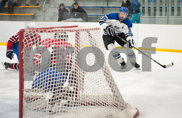 03/01/18 Wesley Bunnell   Staff Hall-Southington defeated EO Smith-Tolland 4-3 in the CCC South semi-final game on Thursday at Veterans Memorial Rink in West Hartford. Andrew Mitchell (15).
