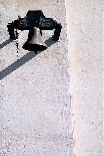 Castagna_Bell.jpg