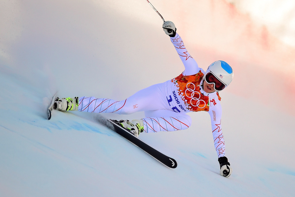 . US skier Julia Mancuso skis during the Women\'s Alpine Skiing Downhill at the Rosa Khutor Alpine Center during the Sochi Winter Olympics on February 12, 2014. AFP PHOTO / FABRICE  COFFRINI/AFP/Getty Images
