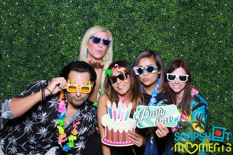 03-30-2019 - Karen and Natasha's Aloha 40th Birthday Bash_066.JPG