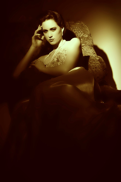 RGP011412-Photoshoot-Fallon Vintage-Sitting on Couch-Gold Tone.jpg