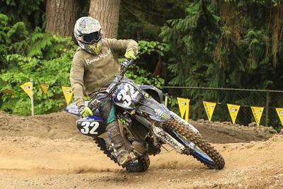 Moto 27