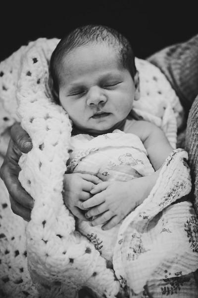 VivianFaye_Newborn_0108.jpg