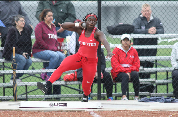 UH Track Outdoor 2018