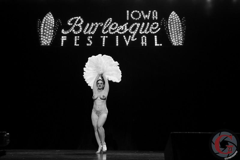 burlesque day2 edits (202 of 123).jpg