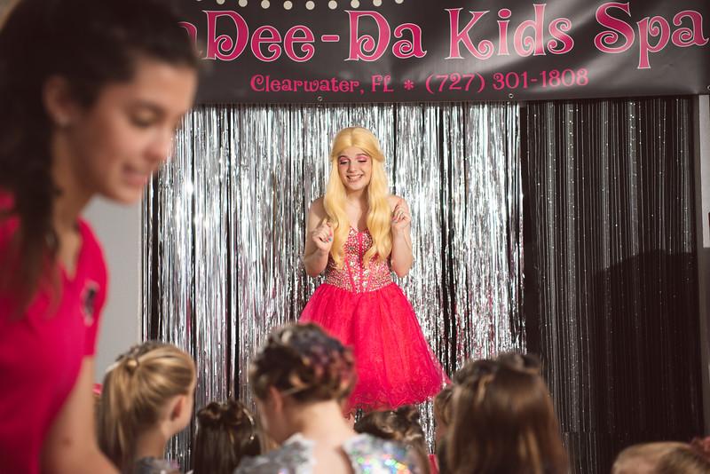 2020-0104-delaney-barbie-party-118.jpg