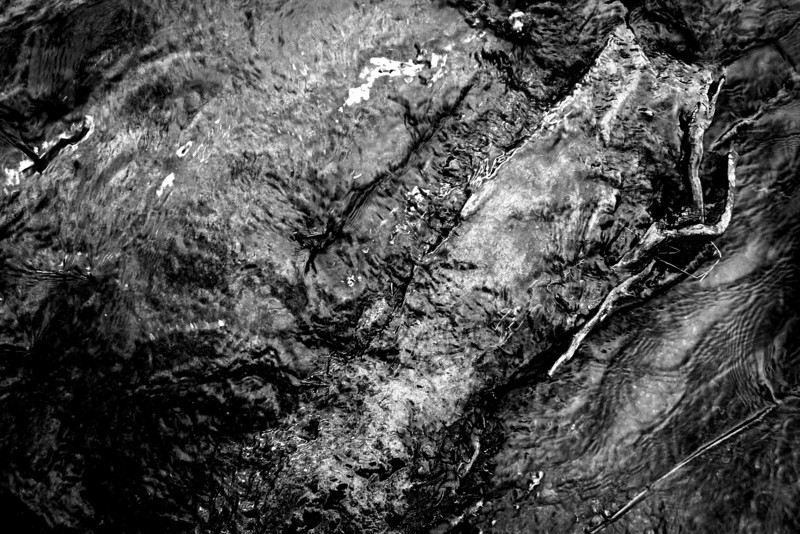 090228-029BW (Green River Abstract).JPG