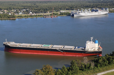 Lower Mississippi River Shipping October 2017