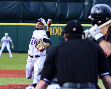 Boomers make themselves at home at Sprenger Stadium
