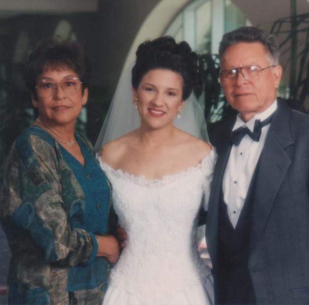 1993 10 02 Wedding Aunt Vicki and Tio Raul_edited-1.jpg