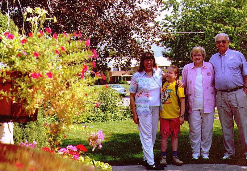Connie,Alina, Bonnie & Wayne  .jpg