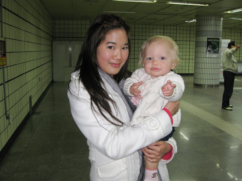 Andrea and Olivia in train station