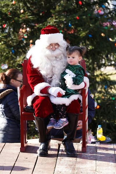 Santa In The Park 20190081.JPG