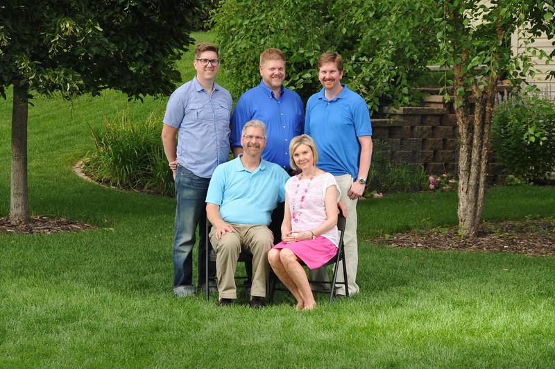 2015-07-25 Family Portraigs 2015 129.JPG
