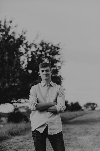 Evan Frye-BW-15.jpg