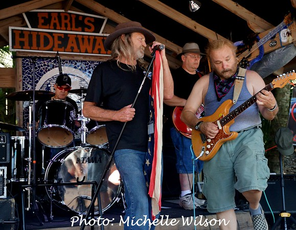 DOWN SOUTH JUKIN EARL'S HIDEAWAY 6-12-16