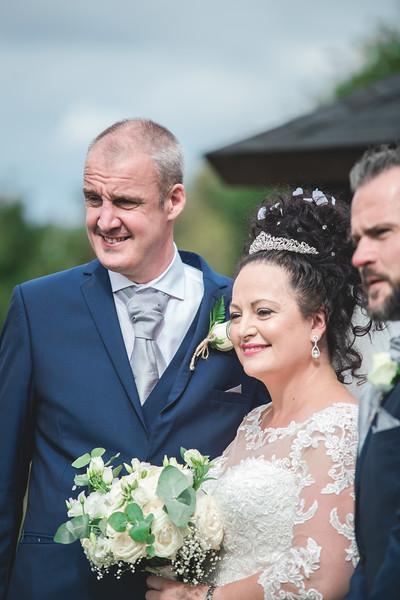 Mr & Mrs Wallington-239.jpg