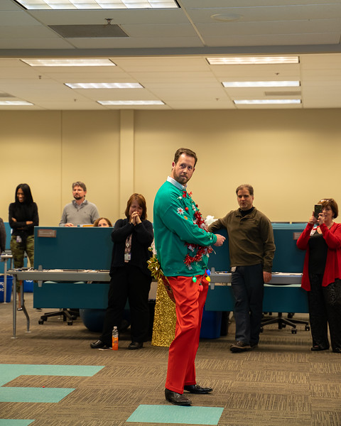 Resource Group Holiday Party 2019-00731.jpg