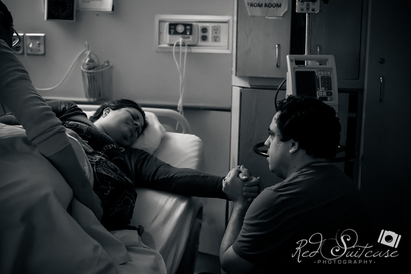 Alana, Blair and baby Logan BIRTH-34.jpg