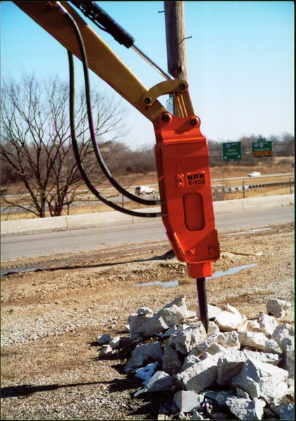 NPK E203 hydraulic hammer on Cat mini excavator - Oakleaf Rd (3).JPG