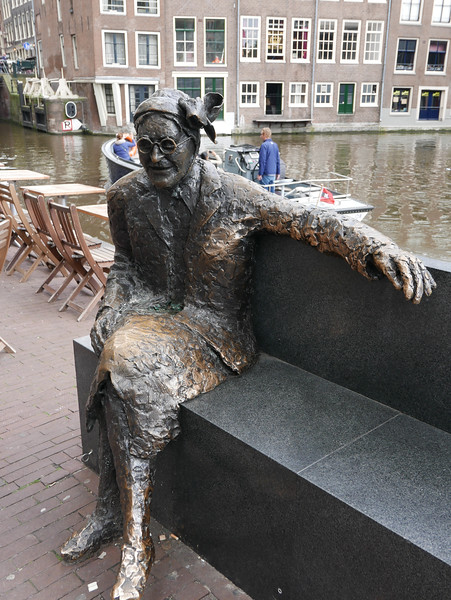 Major Bosshardt Statue