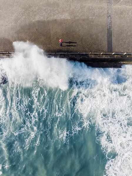 20190727 Mouille Point Wave_JC-8.jpg