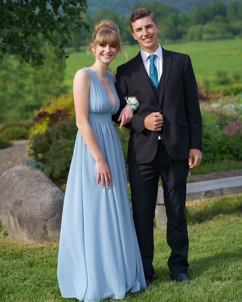 2019-05-18 Cedarcrest Prom 2019 036.jpg