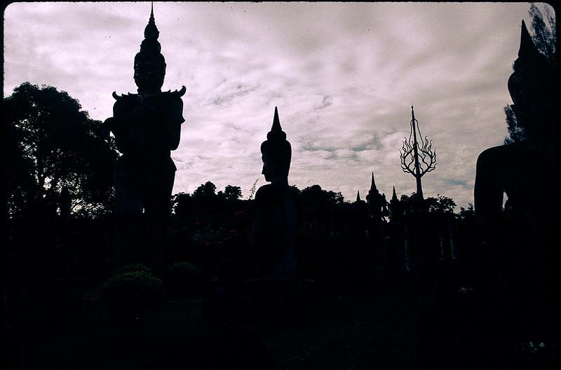 LaosCanada1_035.jpg