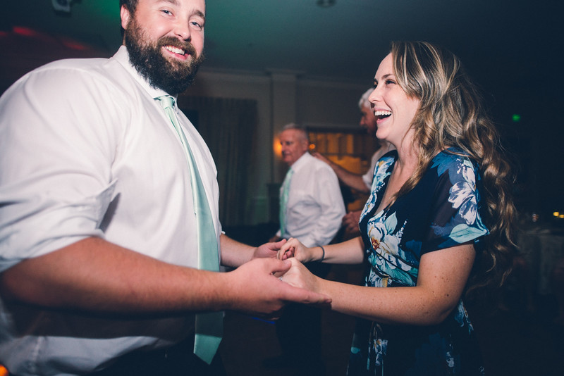 Philadelphia Wedding Photographer - Bernreuther-716.jpg