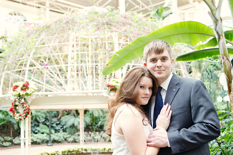 engagement session at opryland hotel